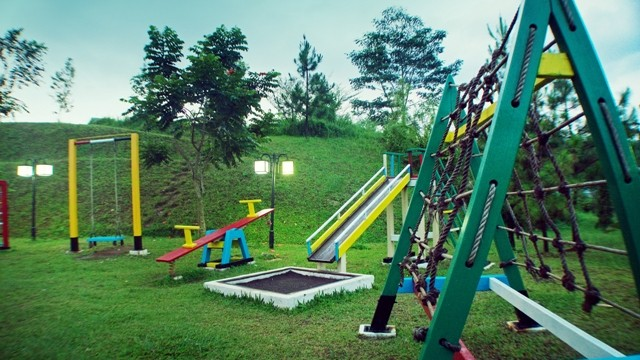 Marbella Suites - Kids Playground 2
